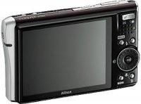 Nikon COOLPIX S52 выходит в Интернет с помощью Wi-Fi